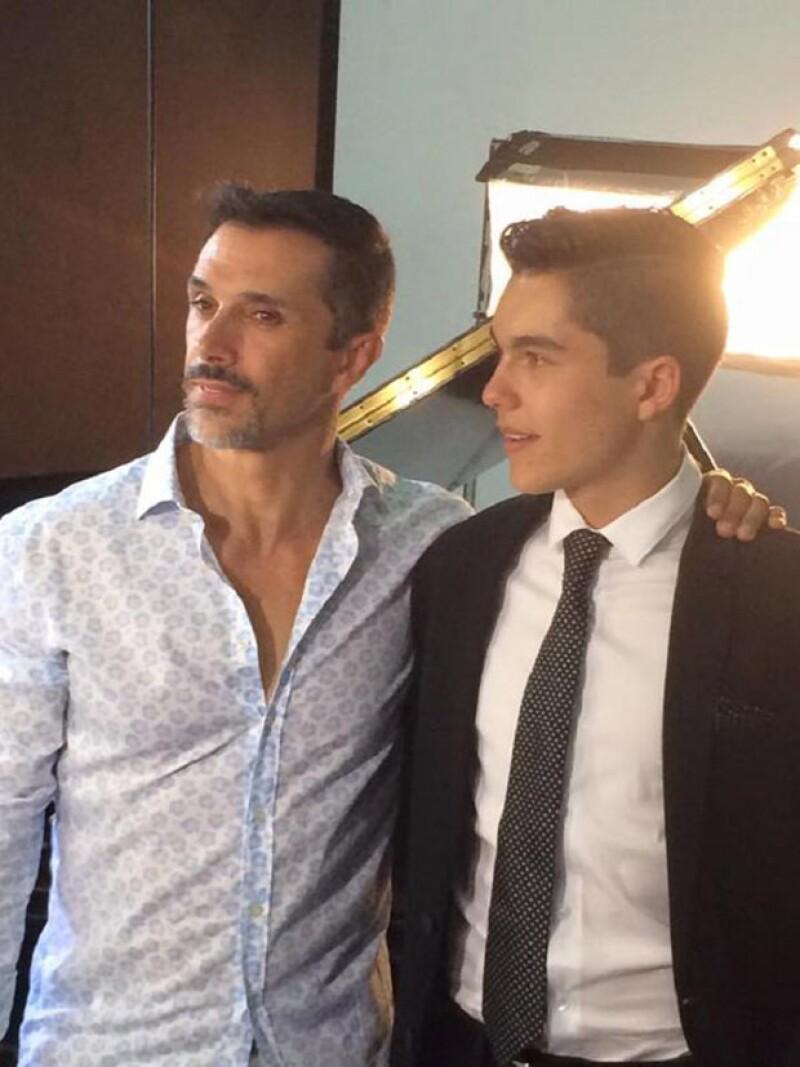 Sergio Mayer dirigió el video y será el mánager de su hijo.