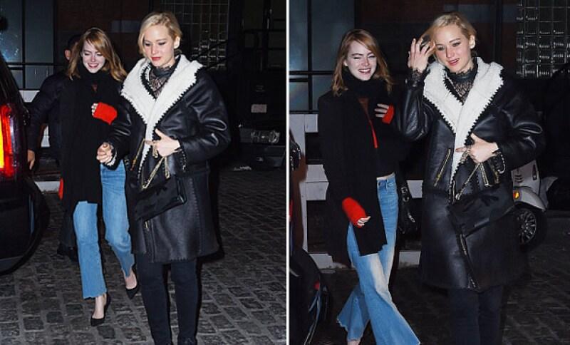 Emma y Jennifer son grandes amigas, e incluso, en una noche de fiesta, Emma apoyó a Jennifer en un penoso momento.
