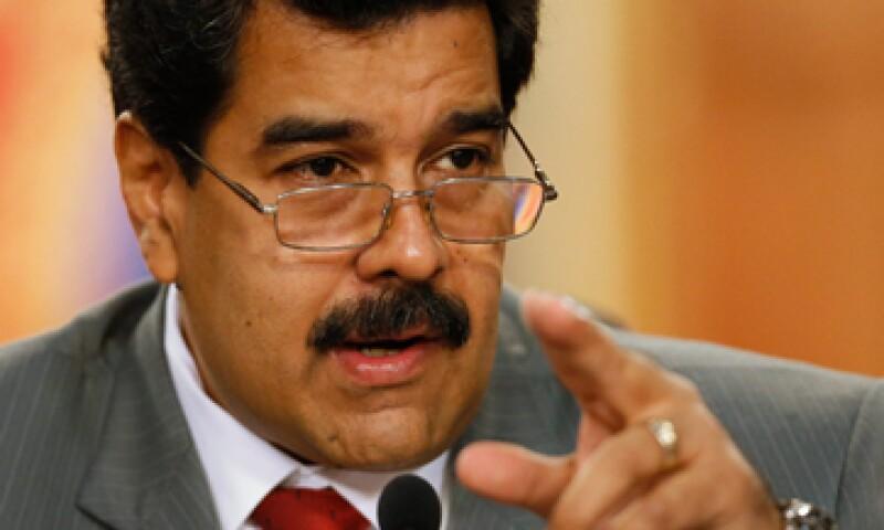 El Gobierno de Nicolás Maduro anunció un nuevo sistema de compraventa de divisas que puede devaluar más el bolívar. (Foto: Reuters)
