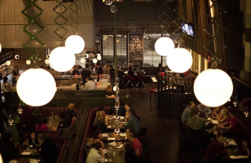 The Carbon Bar, un lugar moderno inspirado en la época de la prohibición.