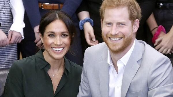"""Un primo de la reina Isabel II se """"sacrificó"""" por la pareja."""