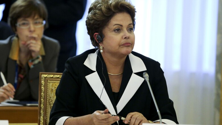 Brasil, que es dirigido por la presidenta, Dilma Rousseff, y otros países BRICS, llamaron al G20 a evitar repercusiones por el retiro de estímulos en EU.