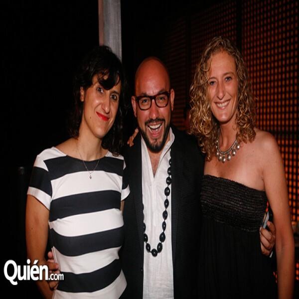 Cristina Gil,Paulo Orendain,Alejandra Soler