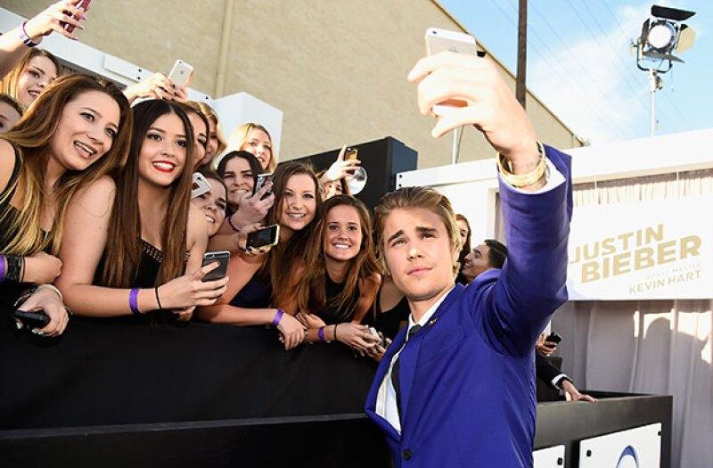 Si tu objetivo en la vida es tener una foto con el ex de Selena Gomez, debes poner mucha atención y seguir los pasos que él mismo te recomienda.