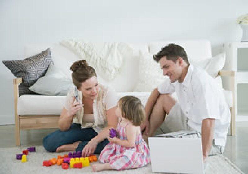 Toma tu tiempo para comprar juguetes, así evitarás accidentes y gastar de más. (Foto: Jupiter Images)