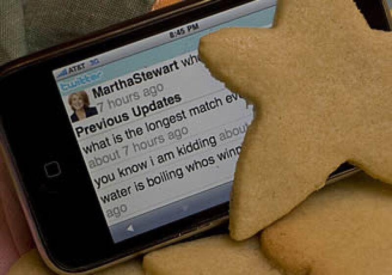 El uso de redes sociales ha llegado a empresas, universidades y asociaciones de ayuda. (Foto: AP)