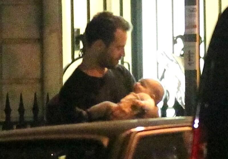 Benjamin también se mostró protector con el pequeño Aleph.