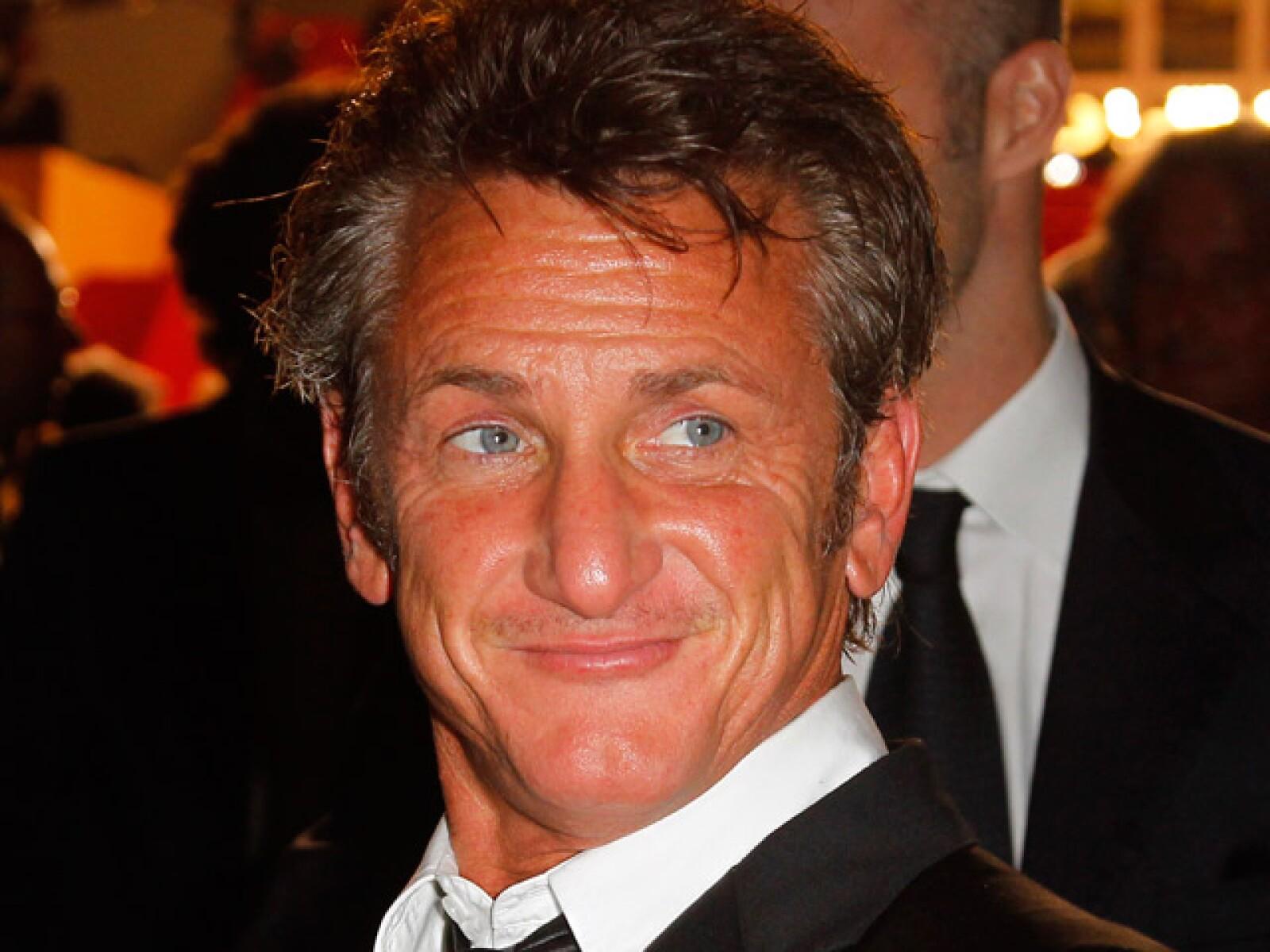 Sean Penn estudió Mecánica en el Colegio de Santa Monica.