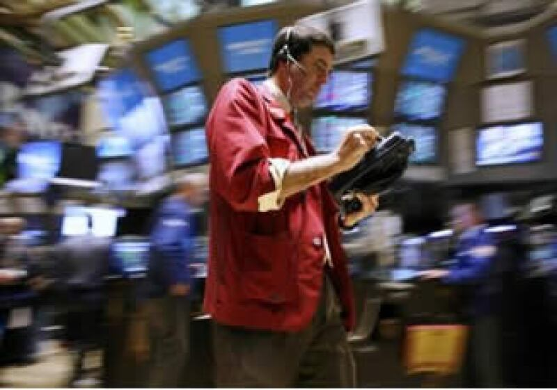 Wall Street anota ganancias a media jornada del jueves. (Reuters)