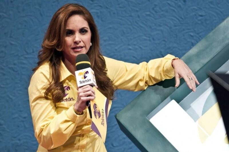 La cantante regresó a ser uno de los personajes más comentados en las redes sociales al escribir un tuit de apoyo y suponer que también Bolivia estaba entre los países con alerta de tsunami.