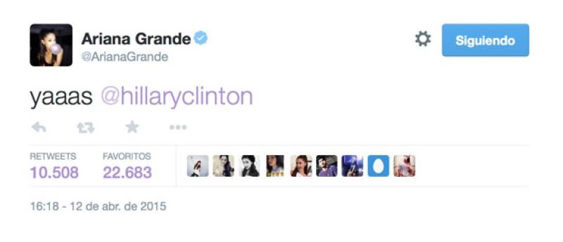 Así expresó Ariana Grande su simpatía por Hillary para la presidencia.