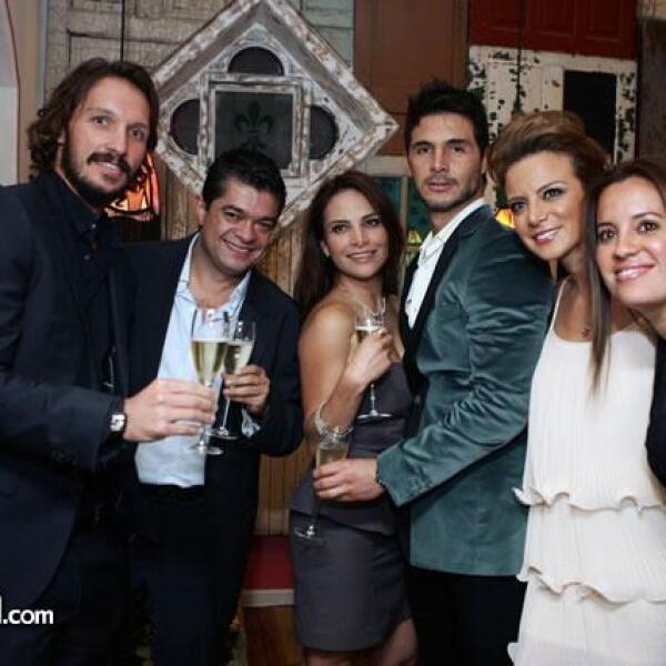 Camilo Andrade,Horacio Quintana,Fabiola Campomanes,Germán Rosette,Silvia Navarro,Marisela Samperio