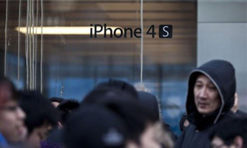 En el año fiscal 2011, Apple vendió 68.5 millones de iPhones en todo el mundo. (Foto: AP)