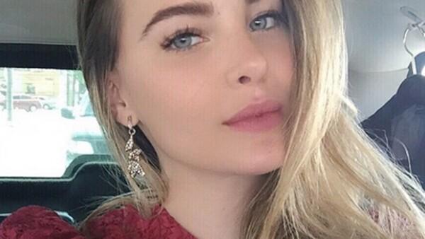 """La cantante dijo en entrevista que le encantan estas fechas y que incluso decora con un árbol """"adulto"""" y el otro refleja su parte de niña que no ha perdido."""