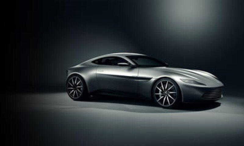 Se crearon 10 de estos autos especialmente para la película. (Foto: Aston Martin)