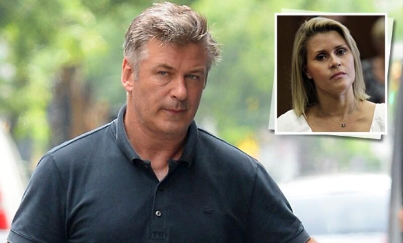 Alec Baldwin fue acosado por una mujer con quien salió una sola noche en 2002.