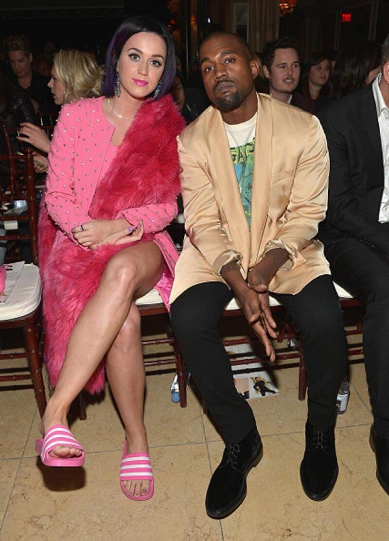 Katy Perry fue otra de las presentes que mostraron su apoyo al rapero y de nueva cuenta no sonrió.