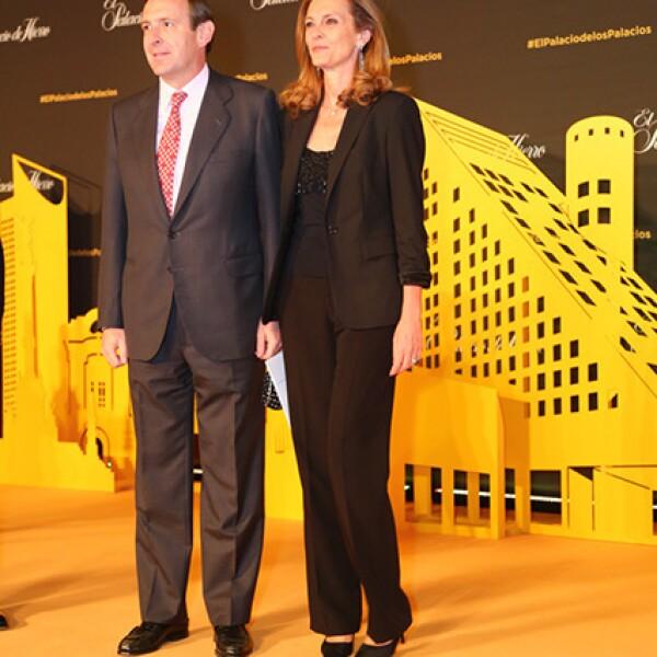 Luis Fernandéz Cid,Embajador de España y Ana López de Ocaña