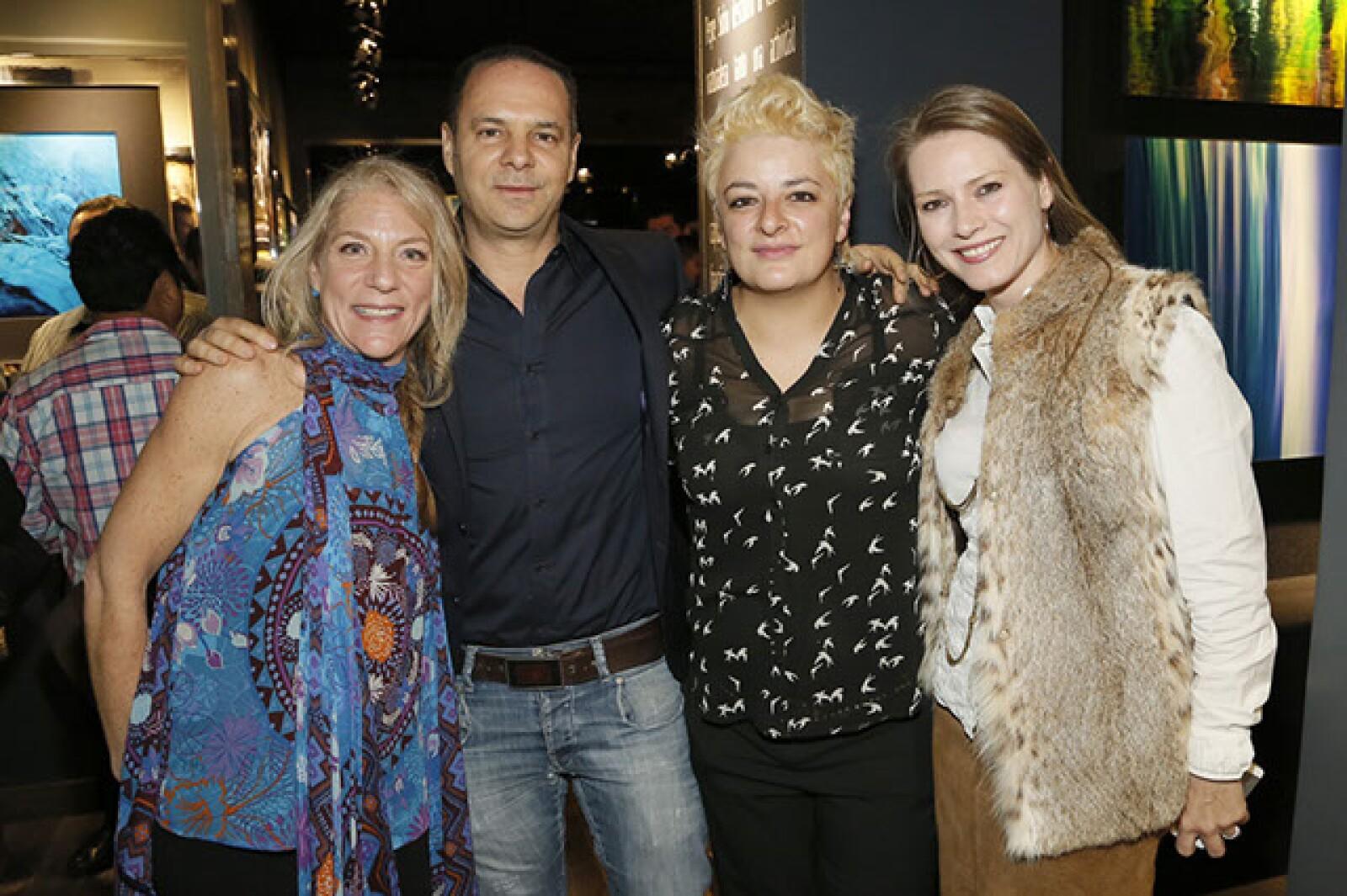 Monique Izcovich,Moisés Marcovich,Mirna Calzada,Sandra Hagsater