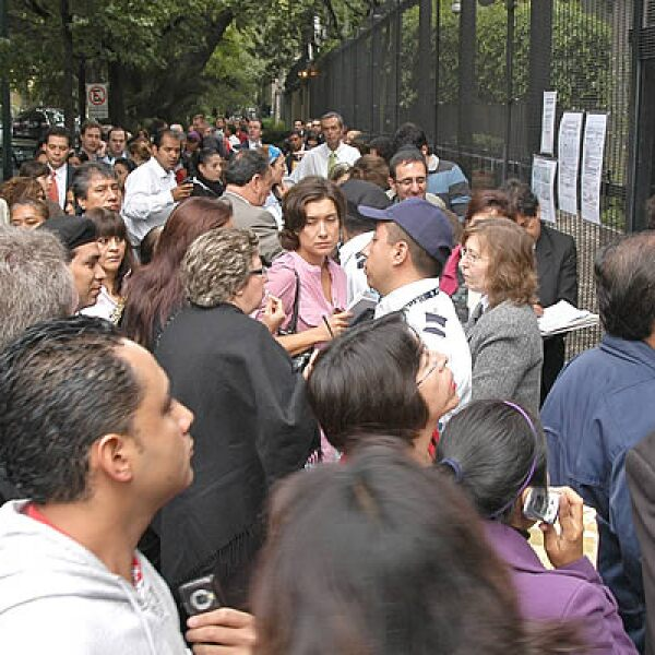 La embajada canadiense en la Ciudad de México recibió a cientos de personas que buscaban tramitar su visa.