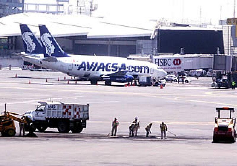 La aerolínea Aviacsa había sido suspendida previamente por las anomalías en el funcionamiento de sus aeronaves. (Foto: Notimex)