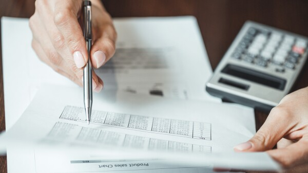 Cerciórate de cumplir con los datos y los documentos correctos en tu declaración anual. (Foto: Thinkstock)