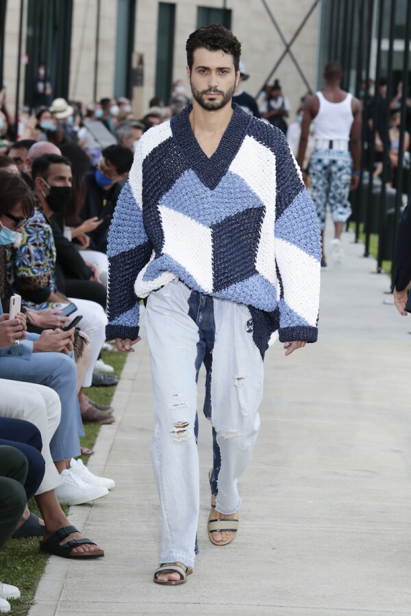 Dolce&Gabbana_mens fashion show_ss21 (30).jpg