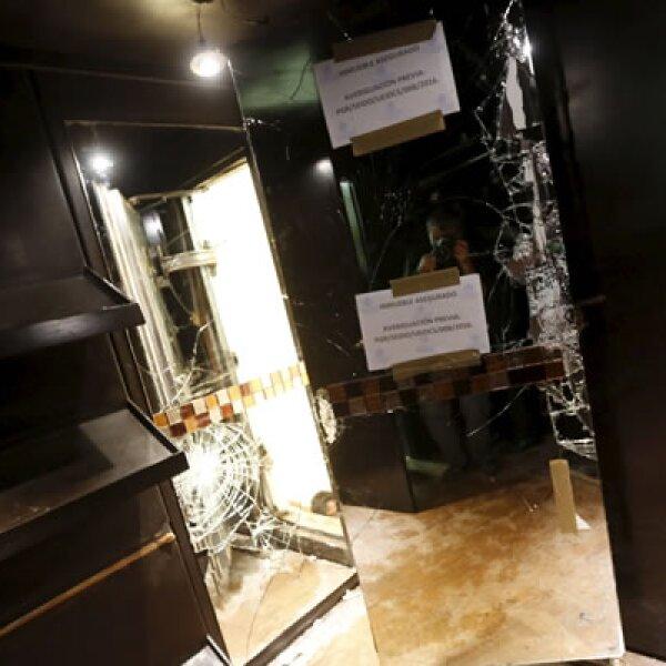 El capo logró escapar a través de un túnel que estaba escondido detrás del espejo de un vestidor