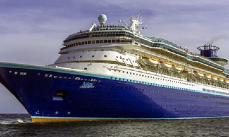 La empresa invirtió 13 mdd en la rehabilitación del crucero. (Foto: Tomada de pullmantur.travel)