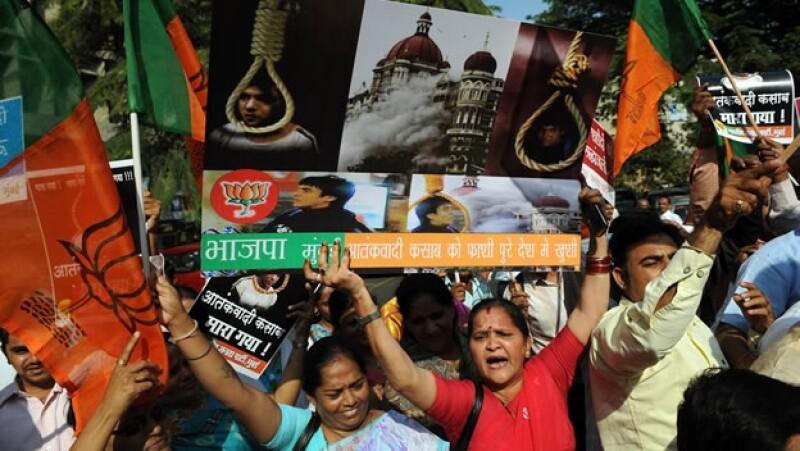 India celebra la ejecucion del pakistani Mohammed Ajmal Kasab, autor de los ataques de Mumbai