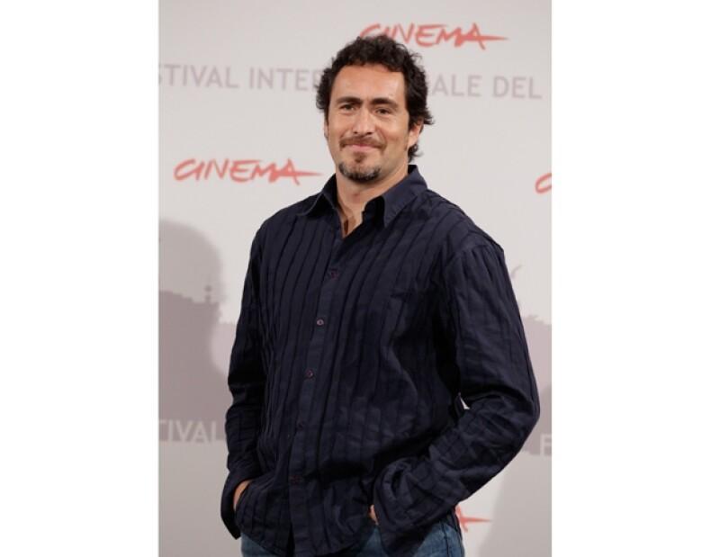 La directora y productora de teatro, respectivamente, hablaron para Quién.com sobre la nominación al Oscar del actor mexicano.