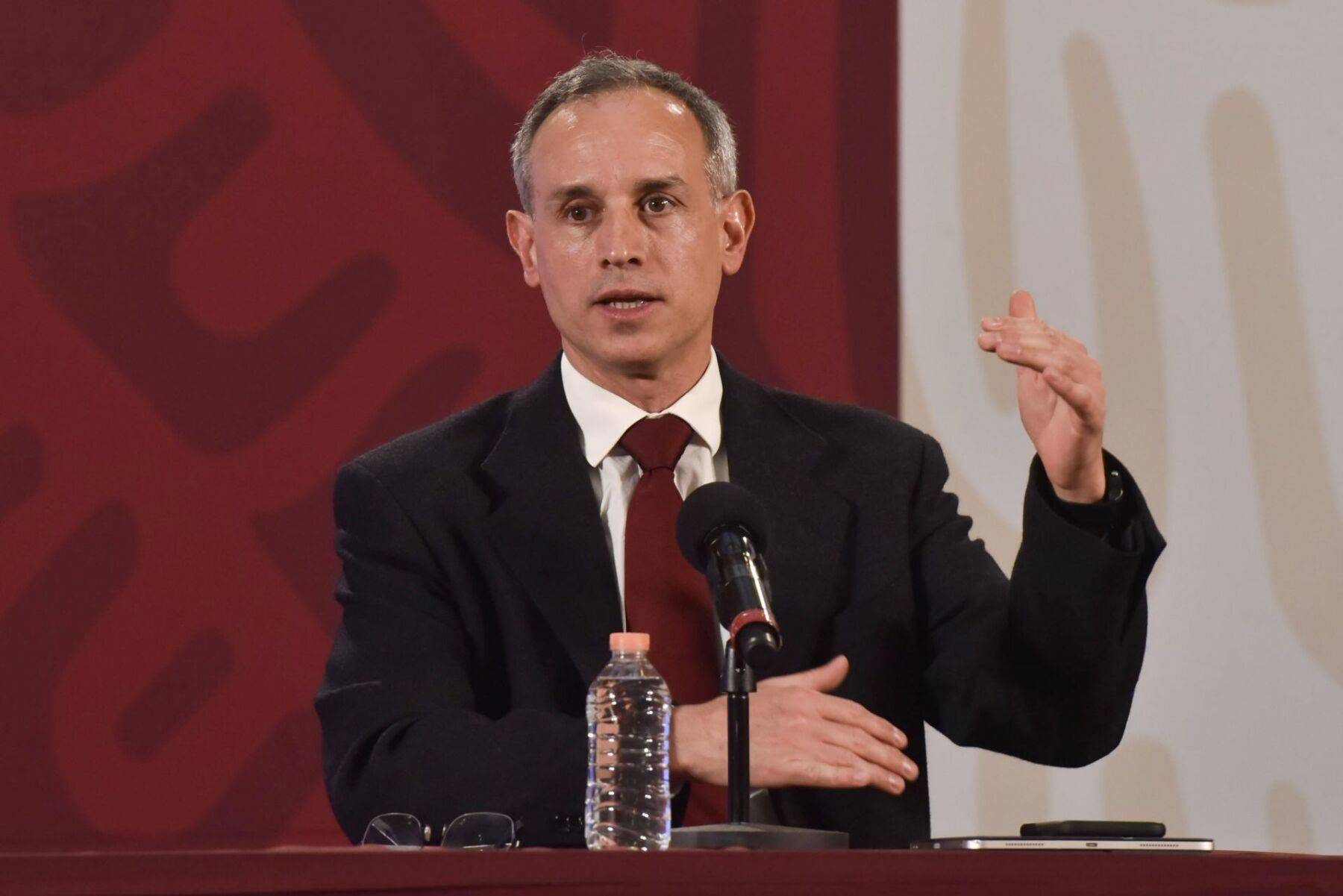López-Gatell 'regaña' a los empresarios que no siguen medidas ...
