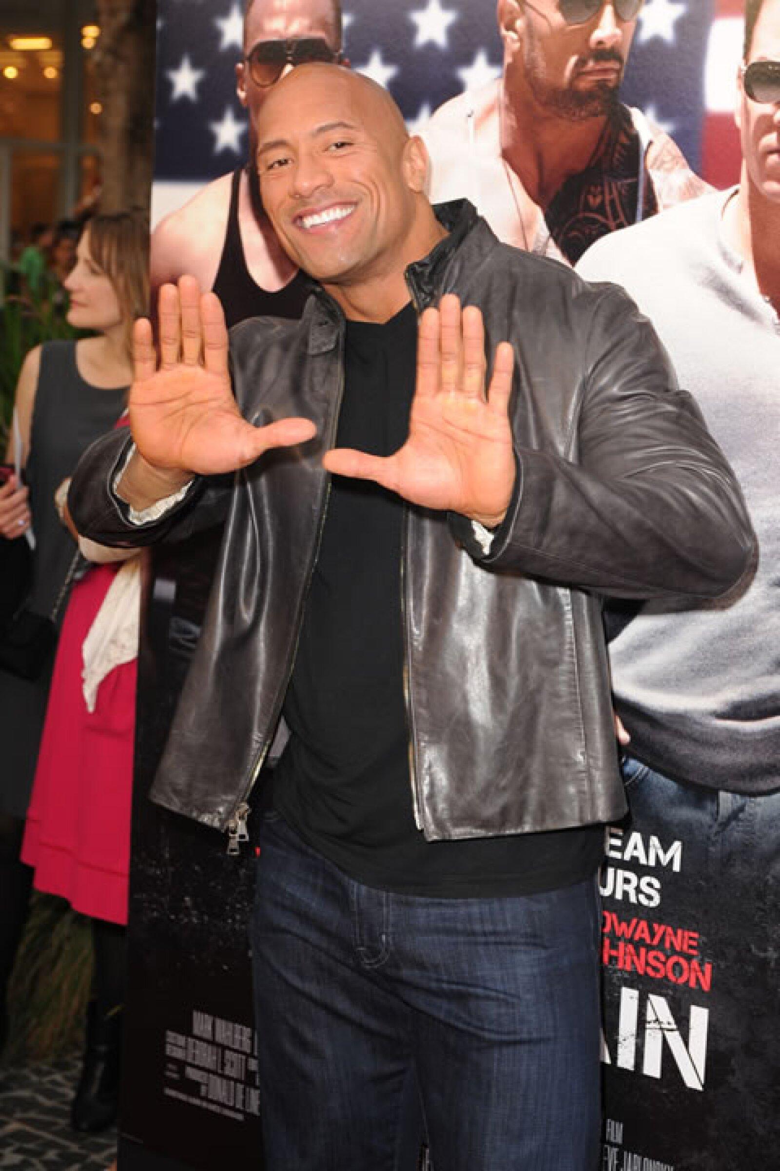"De chico rudo a un héroe infantil, él es Dwayne Johnson, mejor conocido como ""The Rock""."