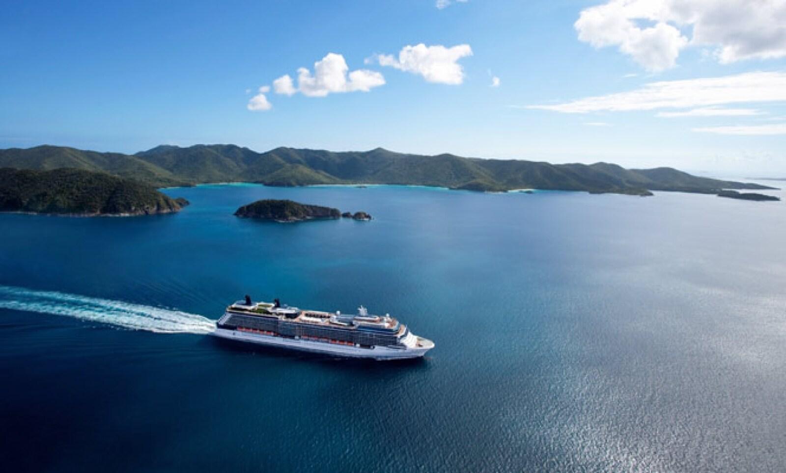 El barco alternará un itinerario de siete noches por el Caribe Occidental y otro de igual duración por el Caribe Oriental, con salida desde Port Everglades en Fort Lauderdale, Florida.