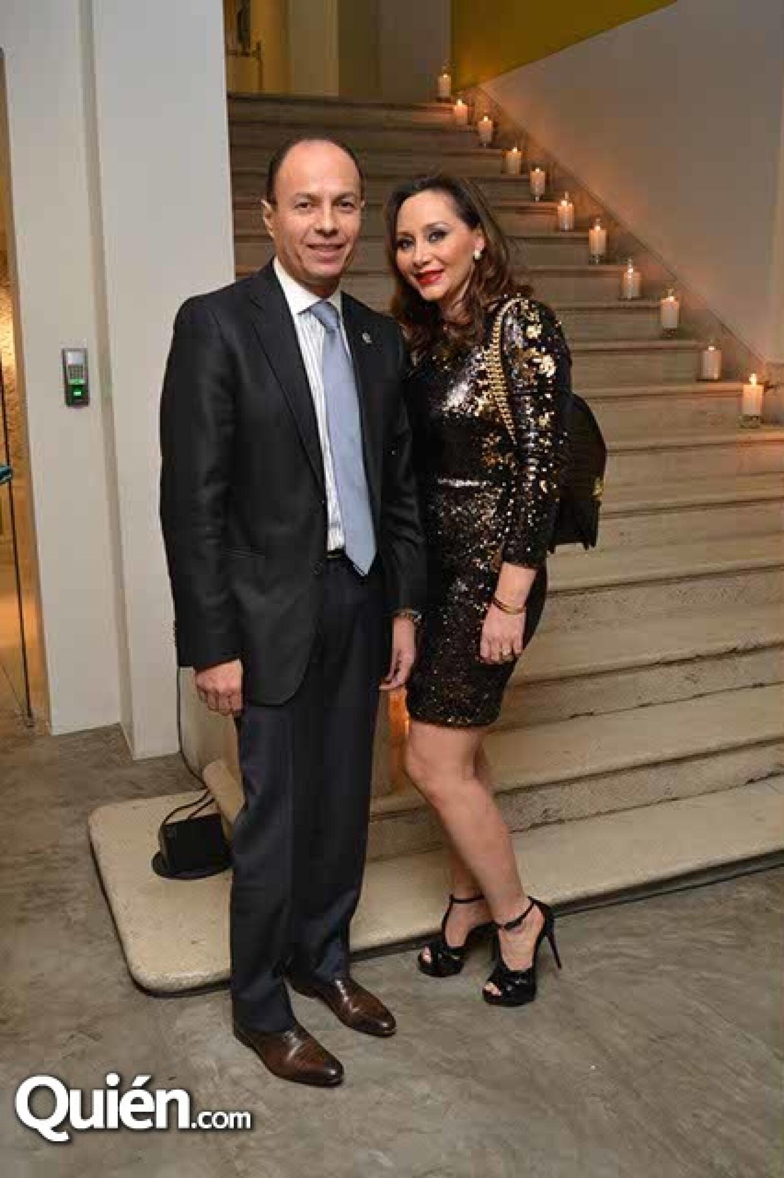 Mario y Lourdes Salazar.
