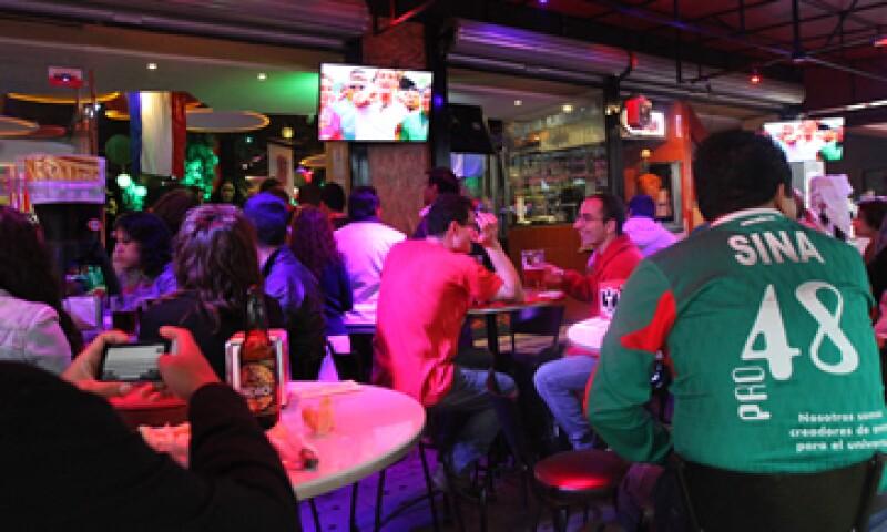 Los restaurantes ya están a su máxima capacidad, señaló la Canaco-Servytur local. (Foto: Notimex)