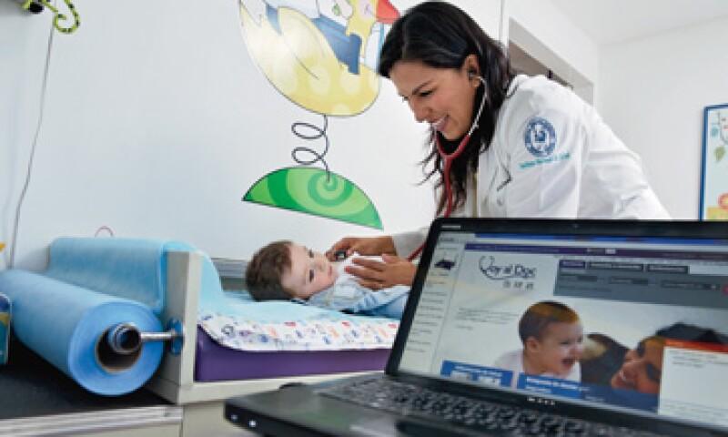 Para los médicos, Voy al Doc es una forma de competir con los consultorios de las farmacias; para los pacientes, una forma de encontrar especialistas. (Foto: Jesús Almazán)