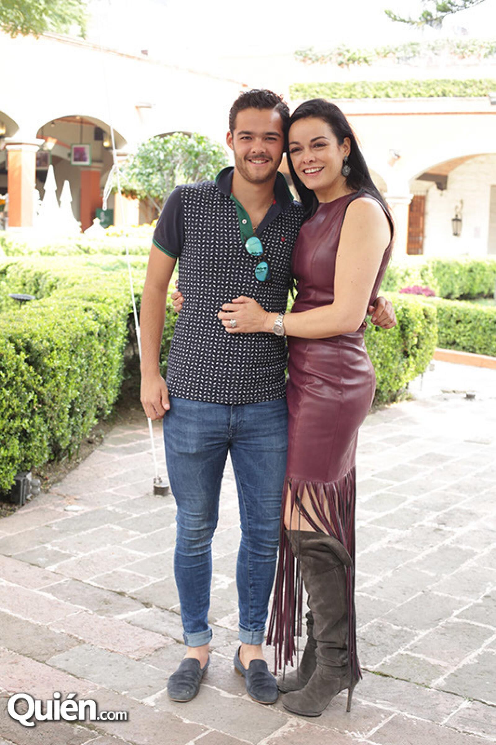 Patricio Carreon y Ana Paula Carrillo