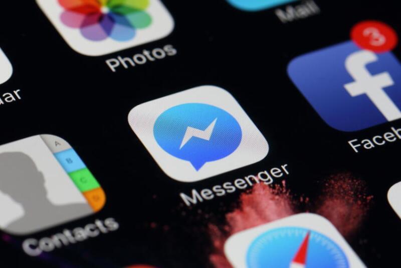 Logo de FB messenger celular