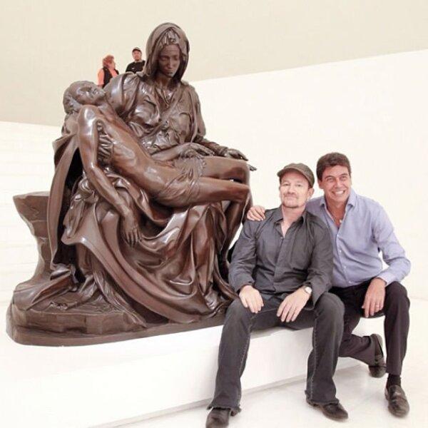 Con el vocalista de U2, Bono.