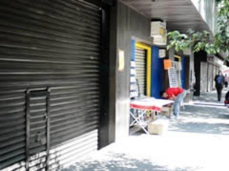 La economía local ha reducido su actividad a menos de 60%, según el GDF. (Foto: Notimex)