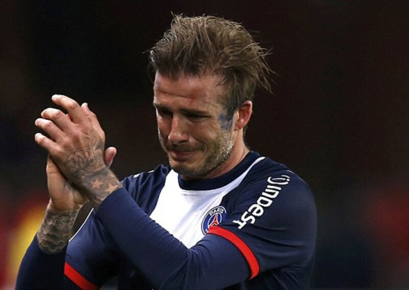 David no pudo evitar llorar en su despedida de las canchas en mayo de 2013.