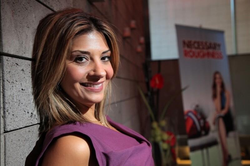 La actriz estadounidense nos platicó de la serie que estrenará este domingo, así como de su estadía en México.