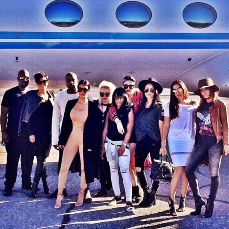 Kim publicó ayer esta imagen cuando se preparaba para su viaje a Las Vegas junto a sus amigos y familia.