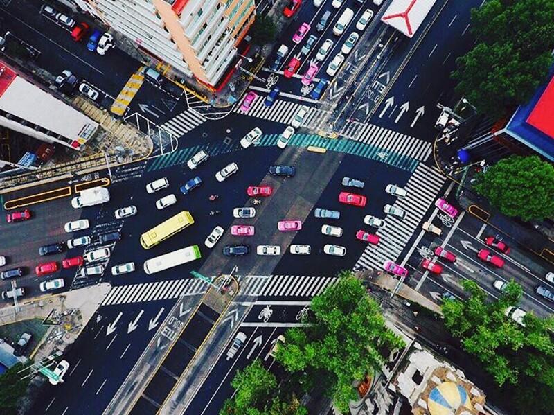 La ciudad vista desde los ojos de un drone