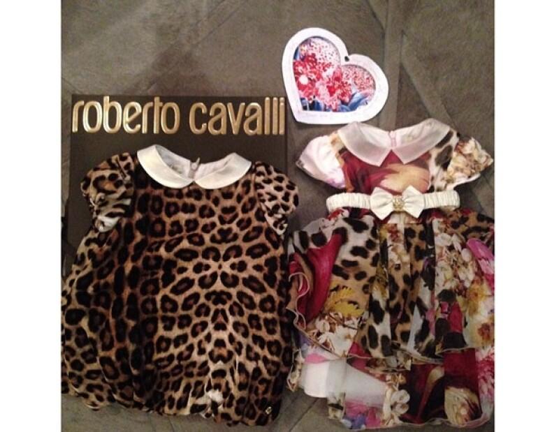 Roberto Cavalli le envió estos trajes a la pequeña North.