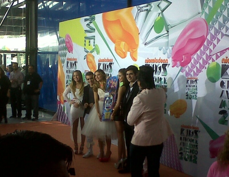 Galilea Montijo, Altair Jarabo, Mane de la Parra, Sofía Castro, Claudia Lizaldi fueron algunos de los famosos que se dieron cita en el Pepsi Center para ser parte de la gran fiesta del slime.