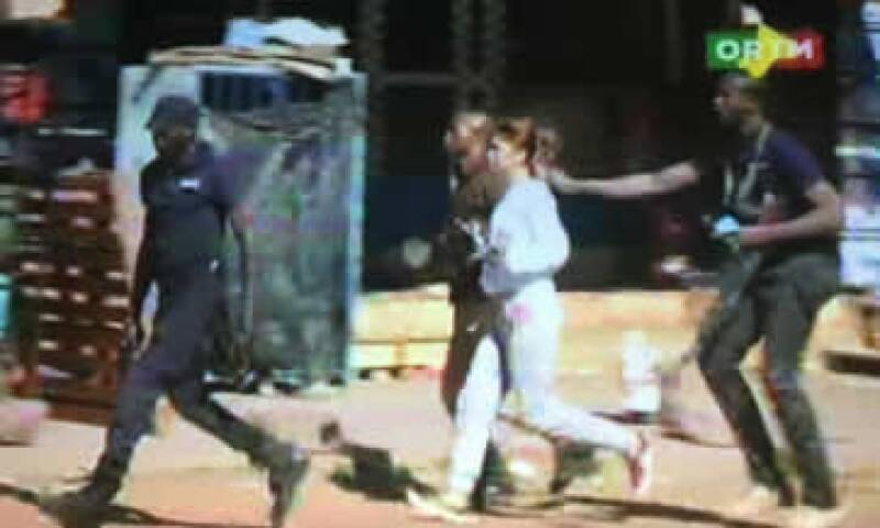 Fuerzas especiales de Mali ingresaron al hotel para enfrentar a los atacantes. (Foto: Reuters)