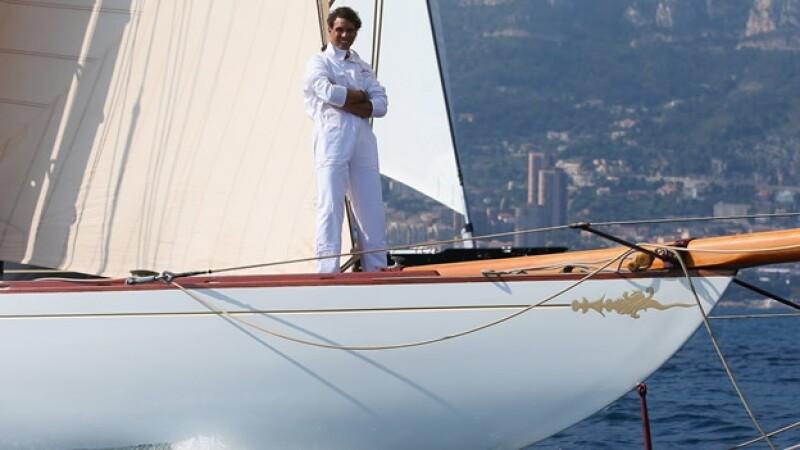 rafael nadal navega bote vela
