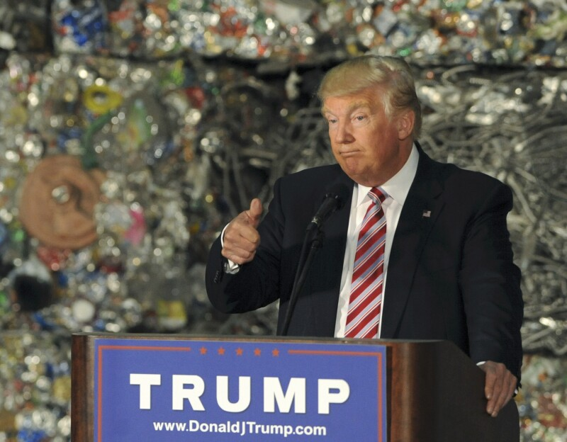 El virtual candidato republicano dijo que Estados Unidos no ha obtenido un beneficio del tratado de libre comercio de América del Norte.